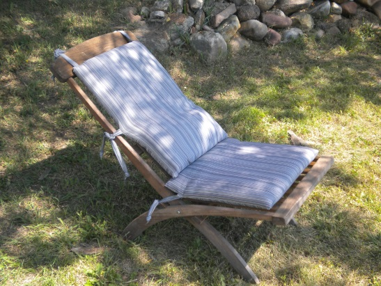 lawn chair by Kathleen Martindale